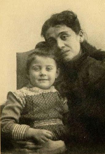 6- Eleonora Duse e figlia Enrichetta Marchetti - 1887